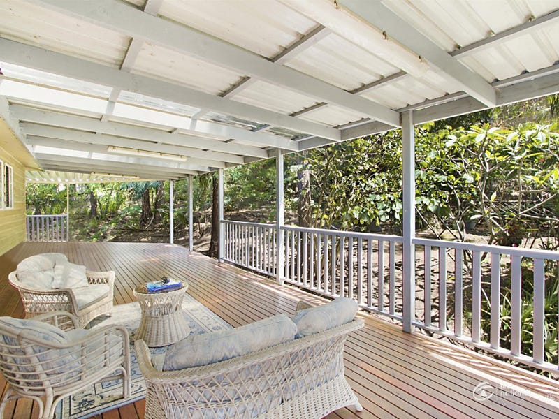 2 Pinecone Court, Elanora, Qld 4221