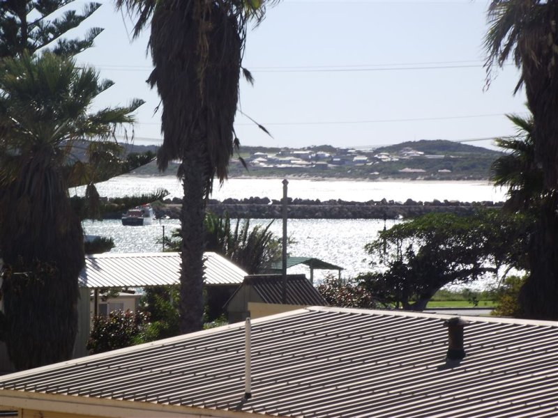 5 Herbert St, Port Denison, WA 6525