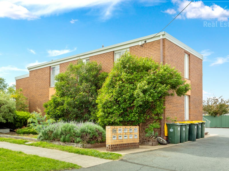 4/22 Carrington Street, Queanbeyan East, NSW 2620