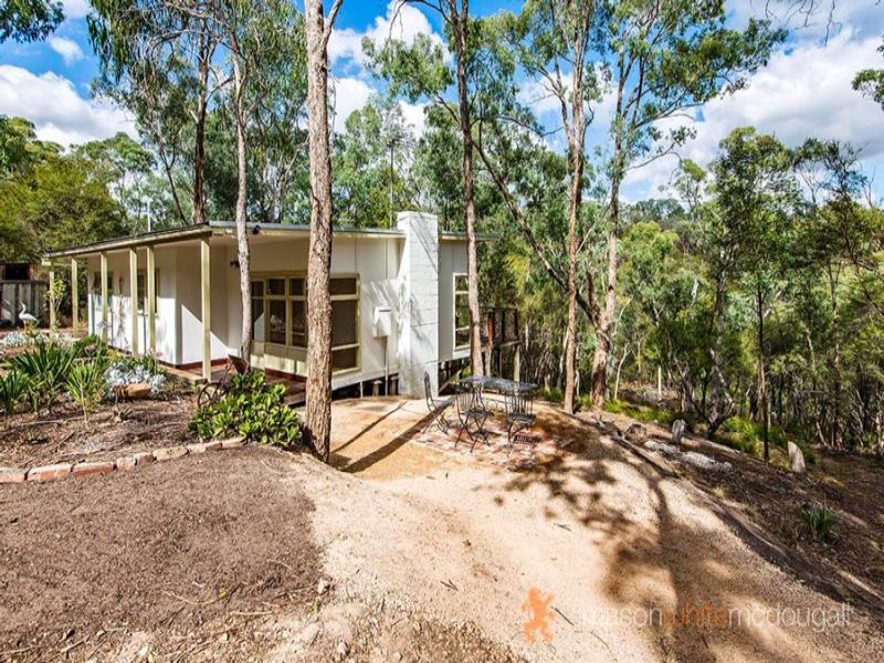 235 Catani Boulevard, Kangaroo Ground, Vic 3097