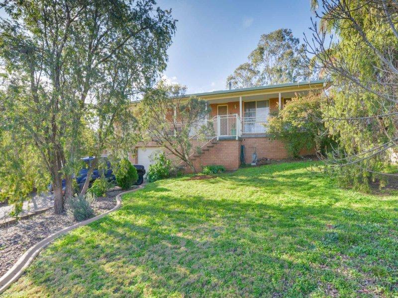 4 Salo Cresent, Calala, NSW 2340