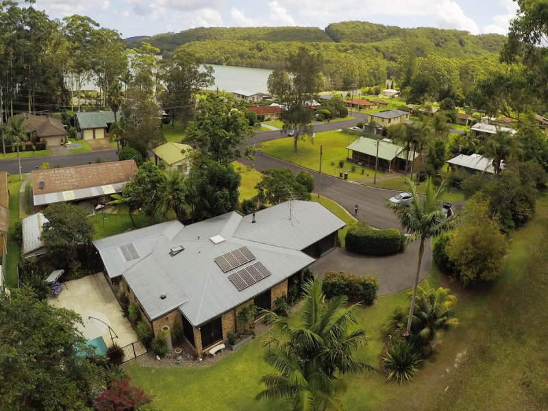 4 Rose Avenue, Tarbuck Bay, NSW 2428