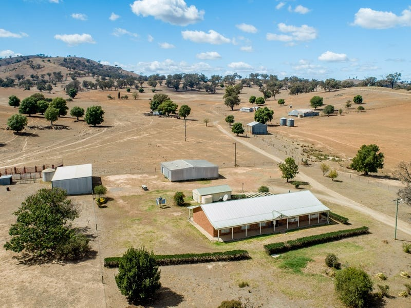 750 Oakhills Road, Nangus, NSW 2722