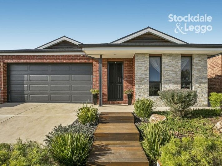 30 MERRITT AVENUE, Cranbourne West, Vic 3977