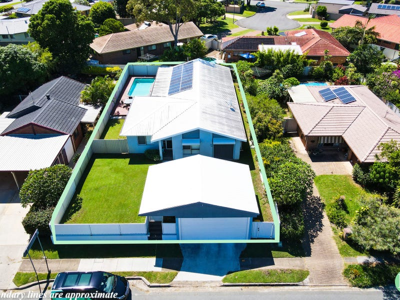 109 Oxley Drive, Paradise Point, Qld 4216