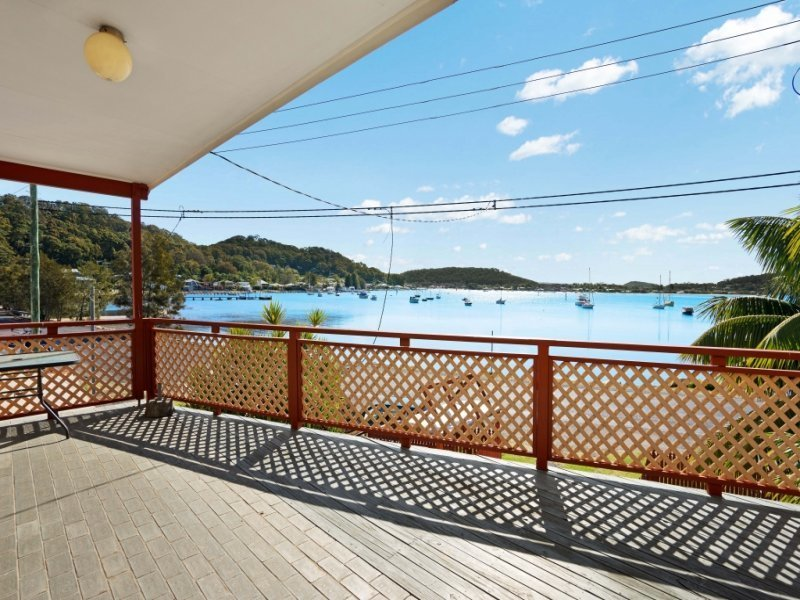 18 Pretty Beach Road, Pretty Beach, NSW 2257