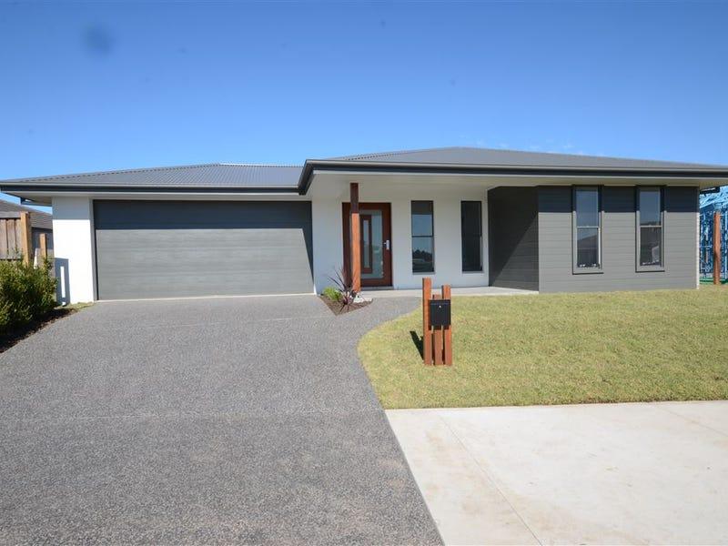 8 Cohen Way, Port Macquarie