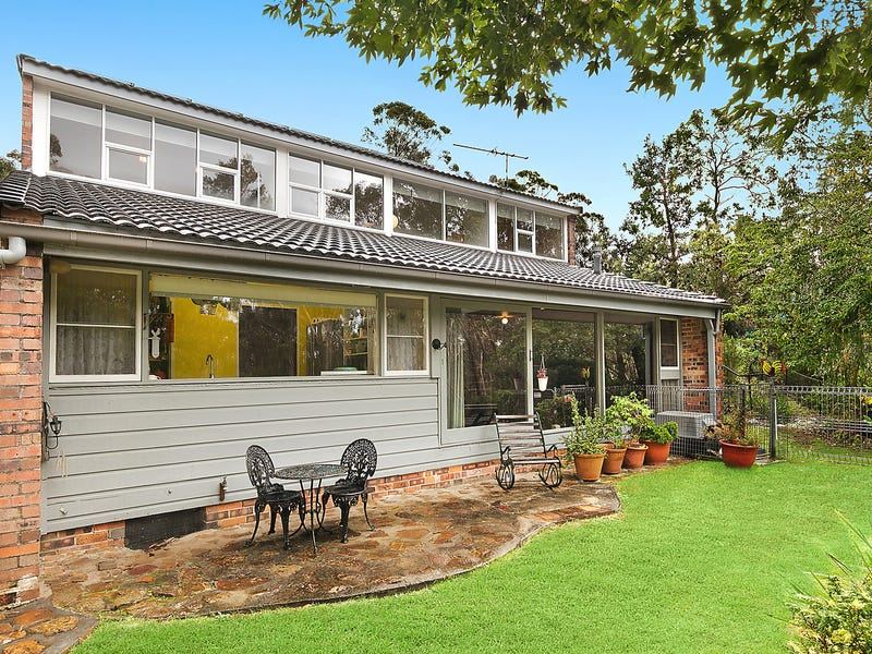 15 Edward Parade, Wentworth Falls, NSW 2782