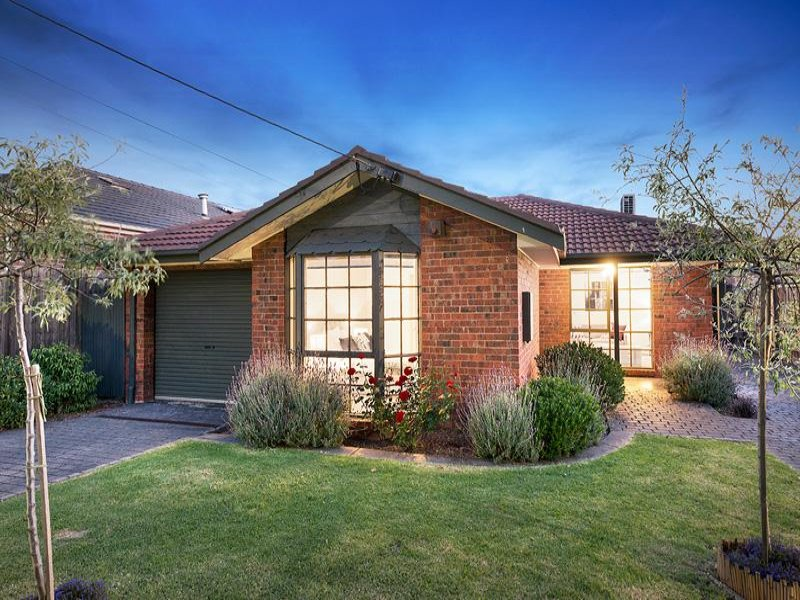 1/45 Roland Avenue, Strathmore, Vic 3041