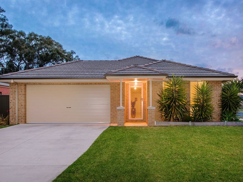 4 Silky Oak Court, Albury, NSW 2640