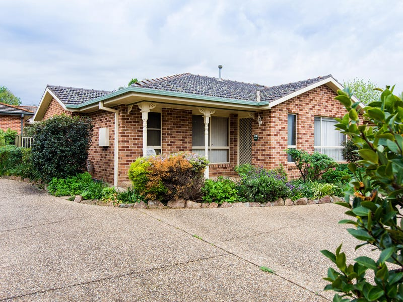 2/7 Barwon Place, Tatton, NSW 2650
