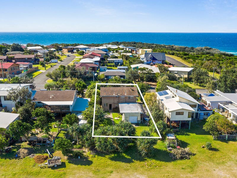 5 Hiawatha Road, Minnie Water, NSW 2462