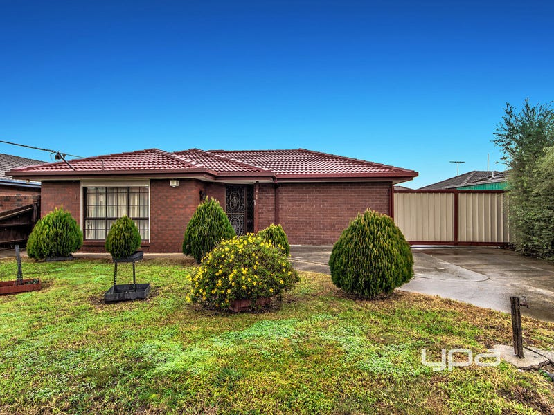 21 Paraburdoo Lane, Kings Park, Vic 3021