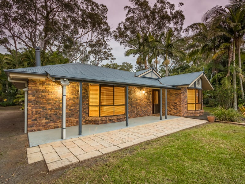 96 Outlook Drive, Glass House Mountains, Qld 4518