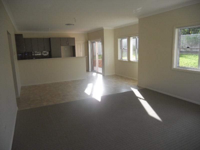Unit 1 5a Kookaburra Street, Parkes, NSW 2870