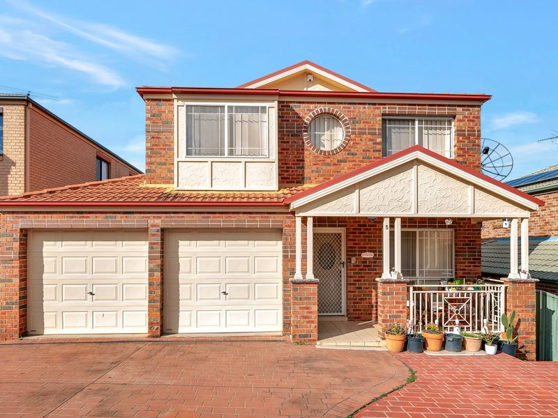 5 Gerarda Place, West Hoxton, NSW 2171