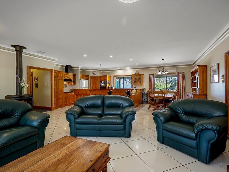 182 Retreat Valley Road, Gumeracha, SA 5233