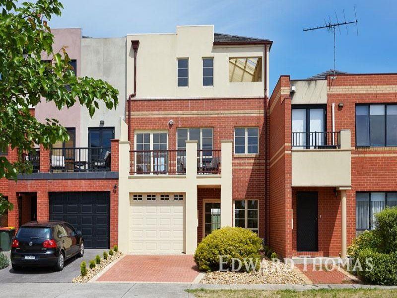 2 Arena Close, Flemington, Vic 3031