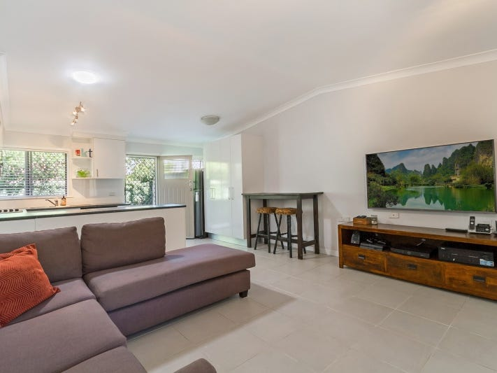 4/11 Crichton Street, Yeerongpilly, Qld 4105