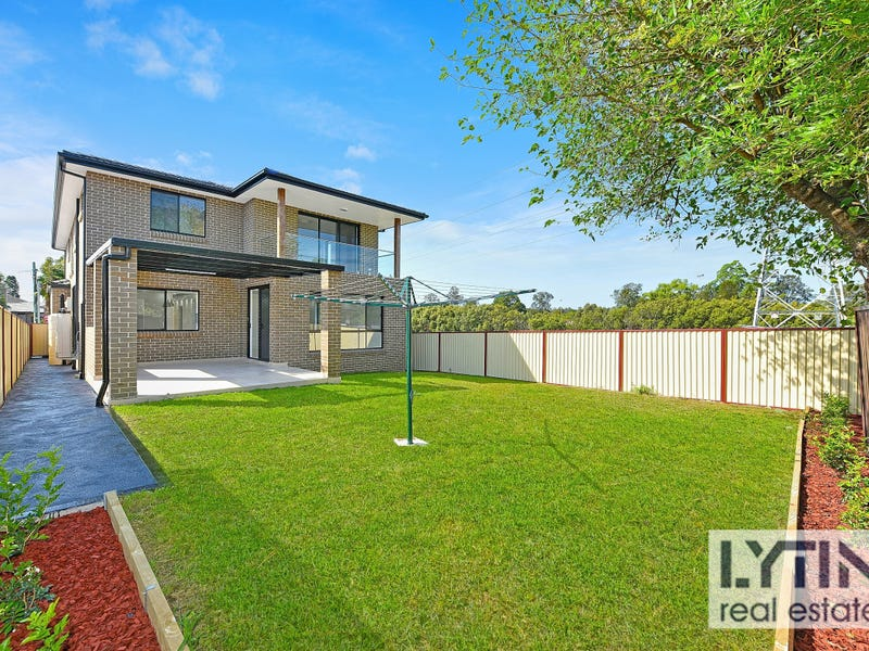 17  Gordon Street, Campsie, NSW 2194