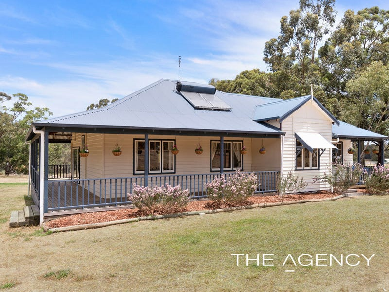9 Strawberry Hill Drive, Gidgegannup, WA 6083