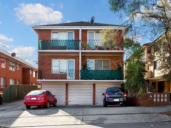 2/14 Denman Avenue, Wiley Park, NSW 2195