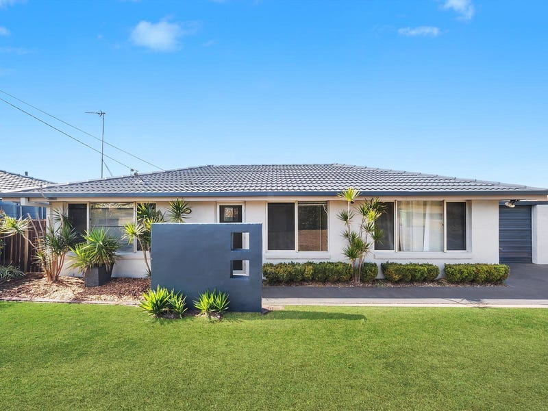 10 Claire Street, Centenary Heights, Qld 4350