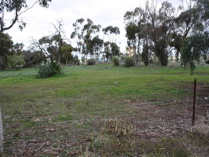 Lot 3, 3 School Street, Netherby, Vic 3418