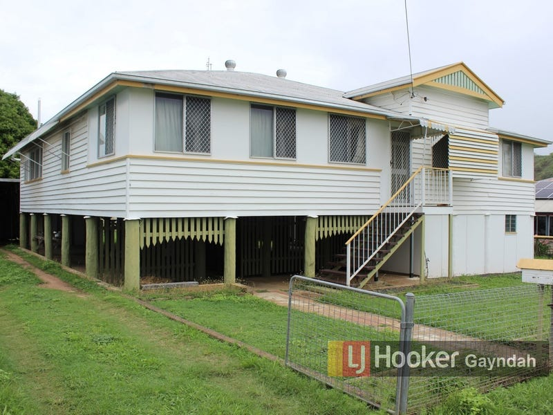 11 Pineapple Street, Gayndah, Qld 4625