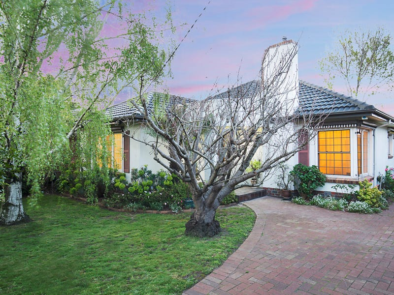 957 Centre Road, Bentleigh East, Vic 3165