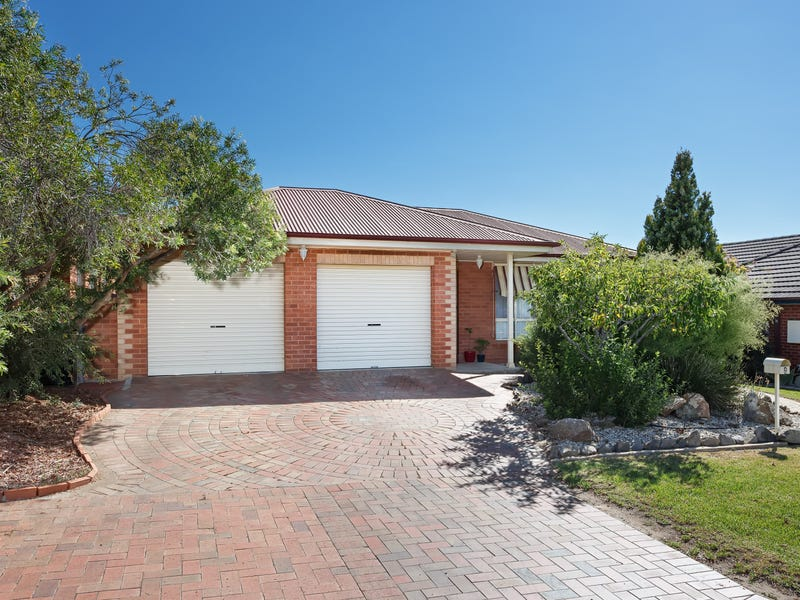 9 Clipper Way, Estella, NSW 2650