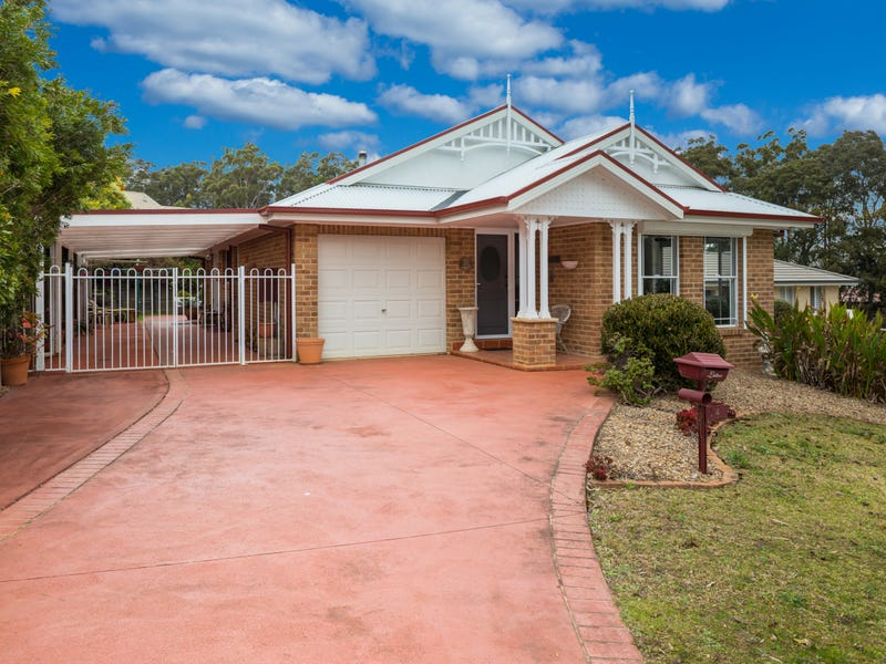 24 Broomfield Crescent, Long Beach, NSW 2536