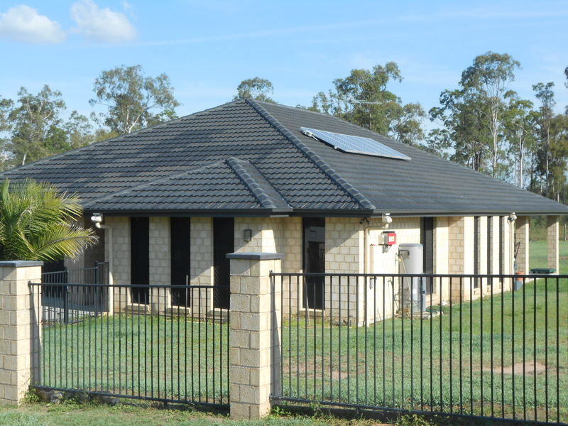 220-222 Red Gum Road, New Beith, Qld 4124