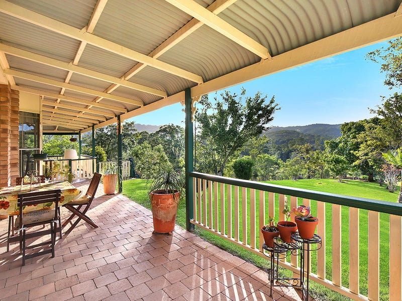 24 Glenfern Road, West Woombye, Qld 4559