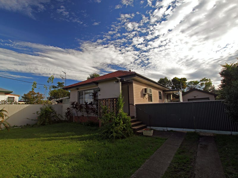 35 Mackay Street, Taree, NSW 2430