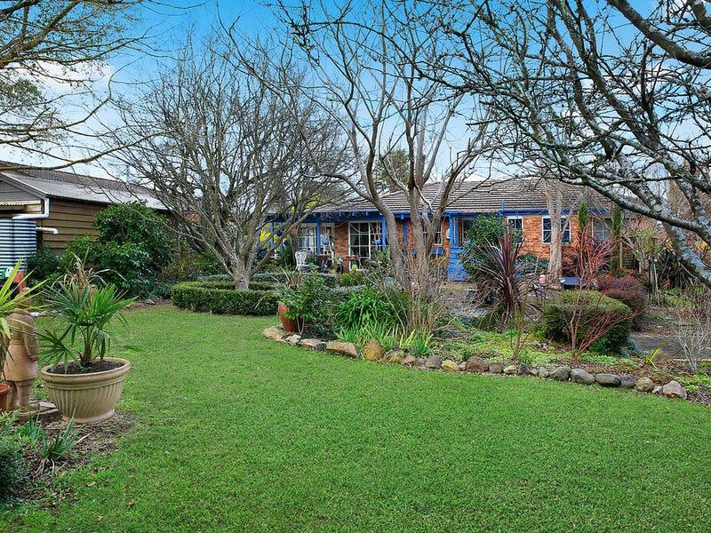 12 Braeside Drive, Bowral, NSW 2576