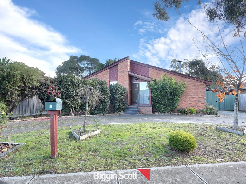 9 Cheviot Avenue, Berwick, Vic 3806