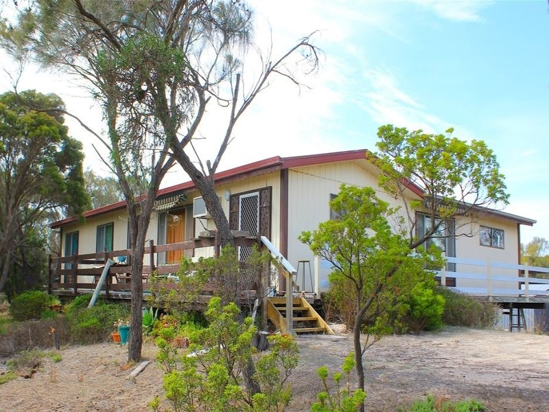15 Couch road, Couch Beach, SA 5577