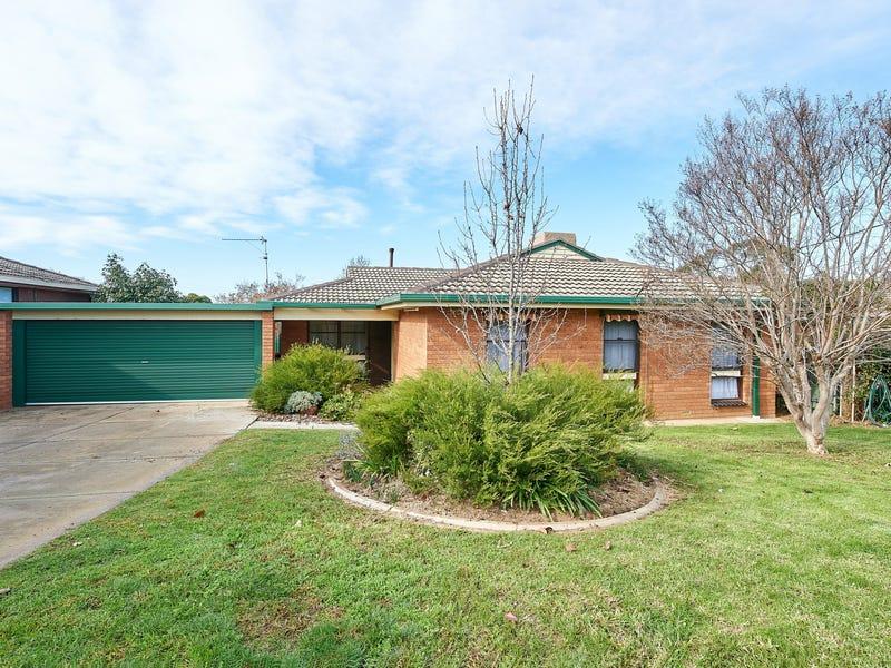 13 Merinda Crescent, Kooringal, NSW 2650