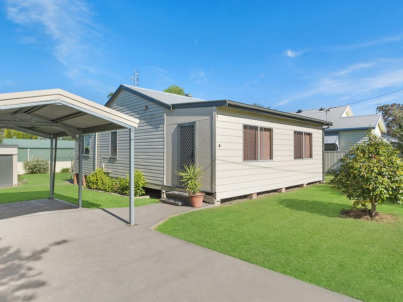 4 George Street, Largs, NSW 2320