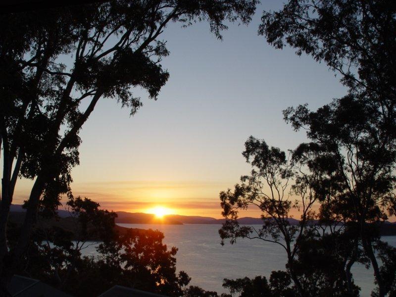 16 Sunset Waters, 3 Banksia Court, Hamilton Island, Qld 4803