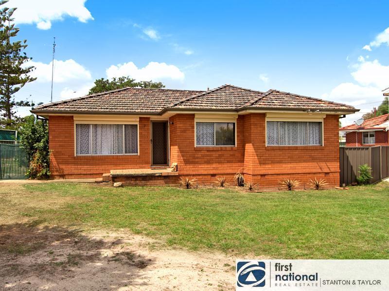2 Mazepa Avenue, South Penrith, NSW 2750