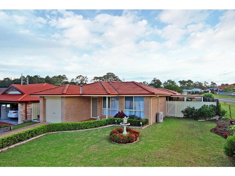 15 Rouken Glen, West Nowra, NSW 2541