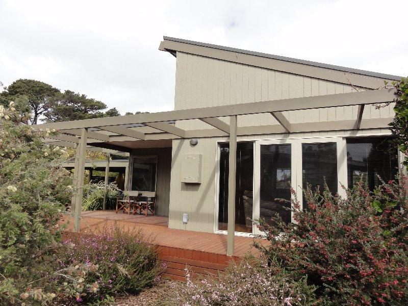 6 Centre St, Port Franklin, Vic 3964