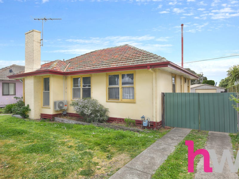 18 Swallow Crescent, Norlane, Vic 3214