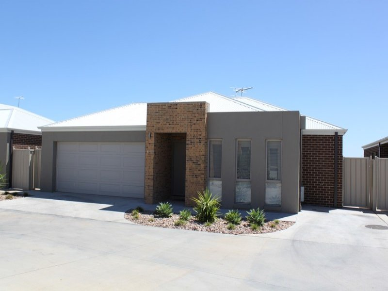 6/11 Wisteria Way, Mildura, Vic 3500