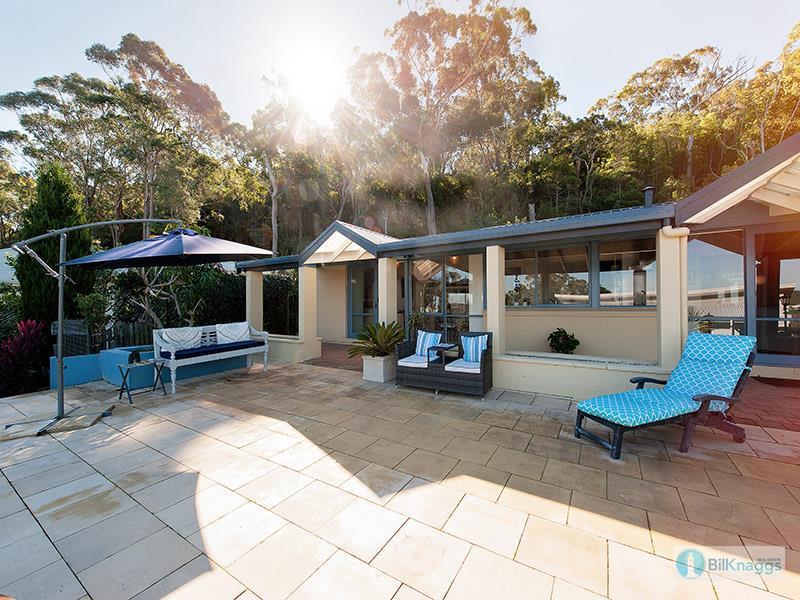 11 The Yardarm -, Corlette, NSW 2315
