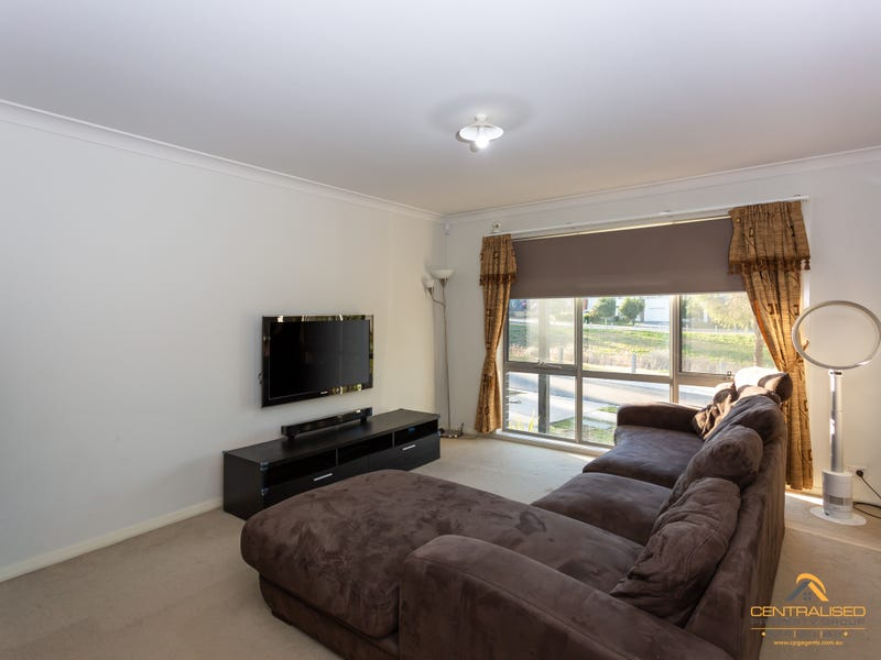 3 Bellona Terrace, Glenfield, NSW 2167