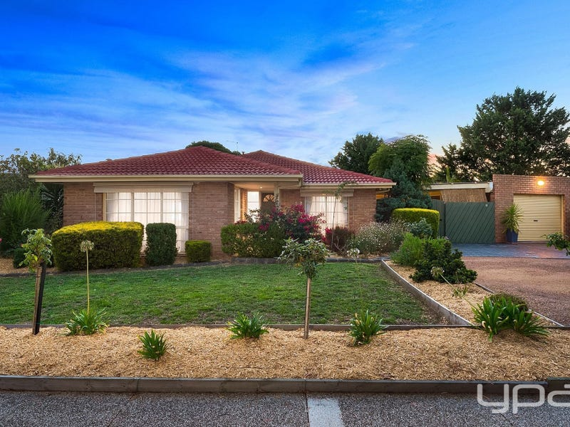 2 Muirfield Drive, Sunbury, Vic 3429