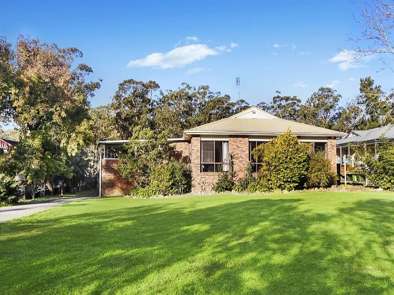 423 Wards Hill Road, Empire Bay, NSW 2257